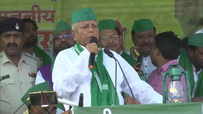 Bihar bypolls: Lalu addresses poll rally after 6 years, tears into Nitish Kumar