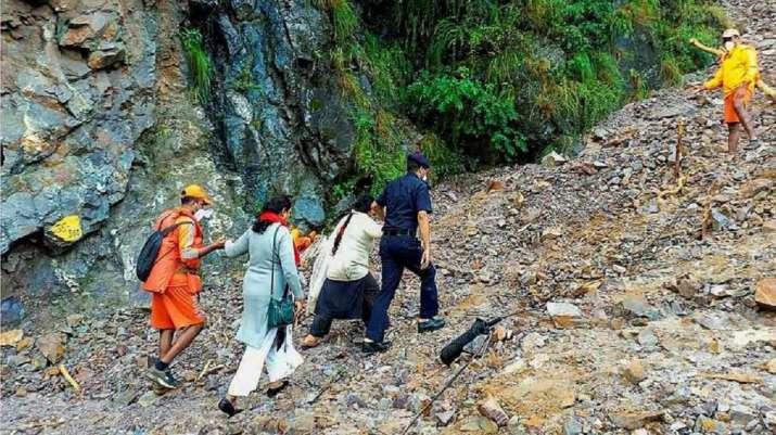 Uttarakhand: Bodies of two more trekkers recovered from near Himachal border