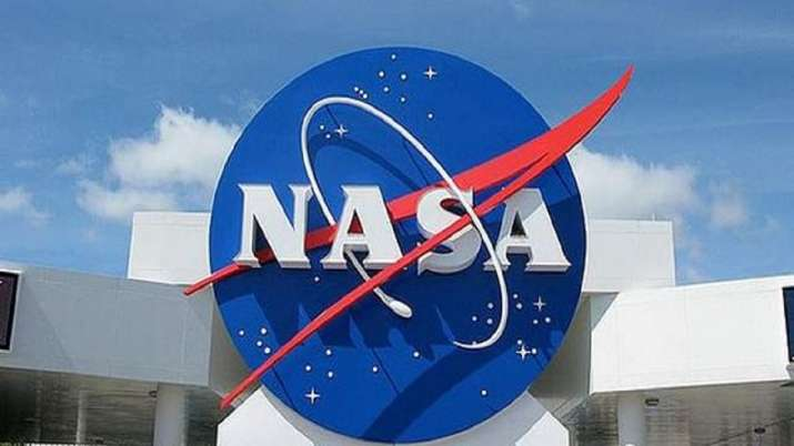 NASA aims to launch next-generation rocket on debut flight in early 2022
