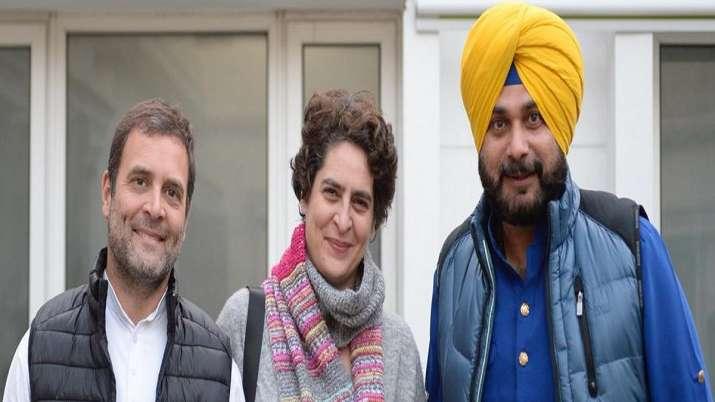 """Post or no post, will stand by Rahul and Priyanka Gandhi,"""
