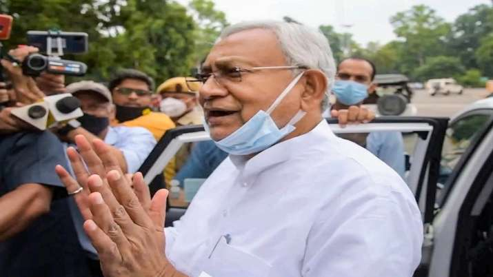 Nitish Kumar announces Rs 2 Lakh ex-gratia for kin of Bihar vendor killed by terrorists in Kashmir