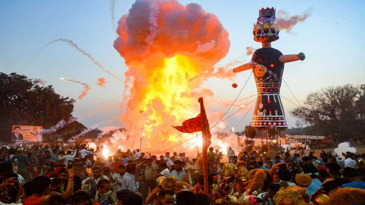 At Mathura temple, Ravana worshipped on Dussehra