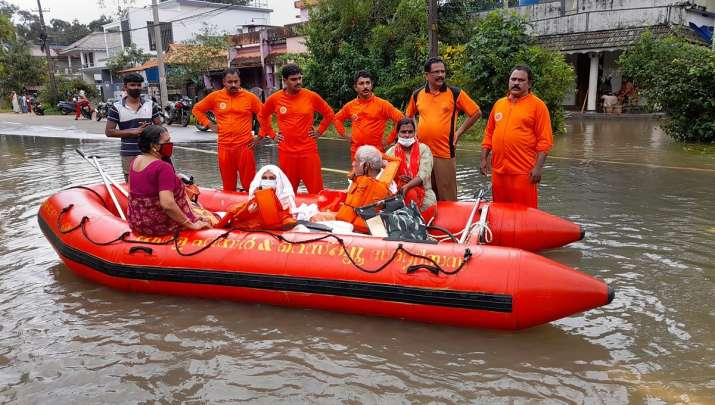 Kerala: IMD predicts heavy rainfall, issues orange, yellow alerts in THESE districts