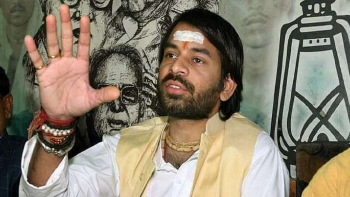 Tej Pratap Newest: 'Lalu is a' hostage 'in Delhi, 4-5 other people wish to get RJD presidency'