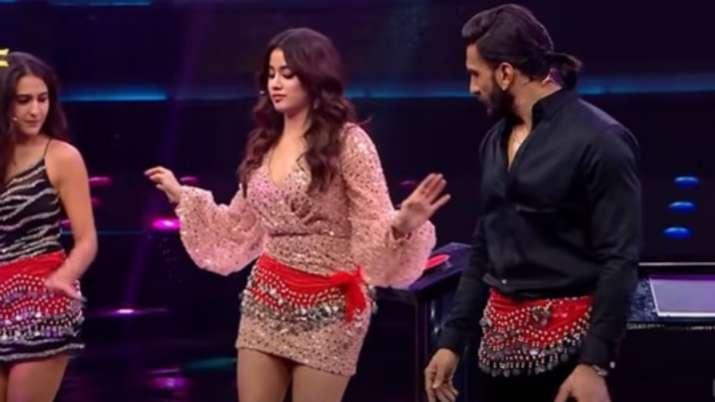 Ranveer Singh, Sara Ali Khan take belly dance lessons from Janhvi Kapoor