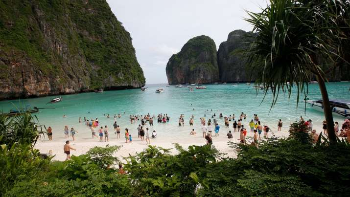 Thai tourist hotspots to reopen for fully vaccinated visitors from November