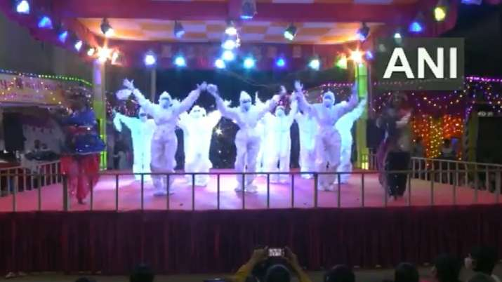 Garba in PPE kits! Video of girls dancing during Navratri to spread COVID-19 awareness goes viral