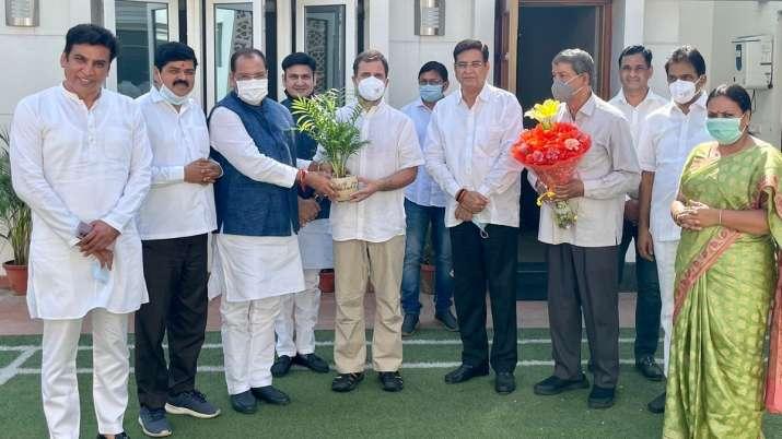 Setback for BJP in Uttarakhand, Minister Yashpal Arya joins