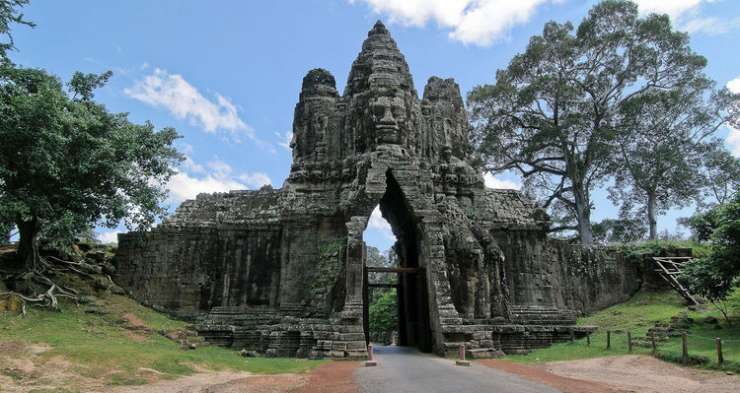 Angkor Thom - India Tv