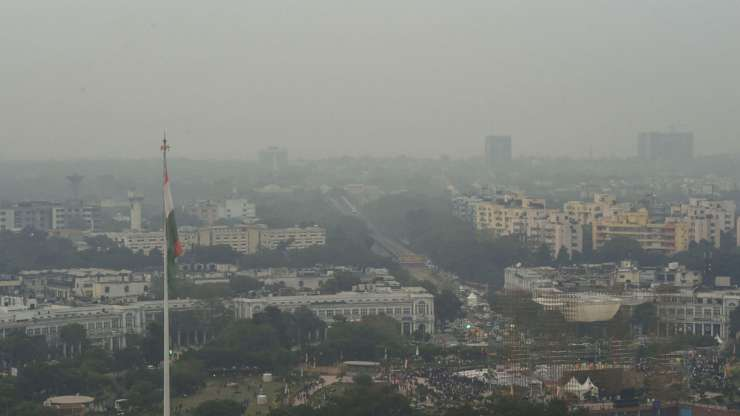 Haze envelops Delhi-NCR. Stubble burning and Diwali celebrations have added to the woes. - India Tv