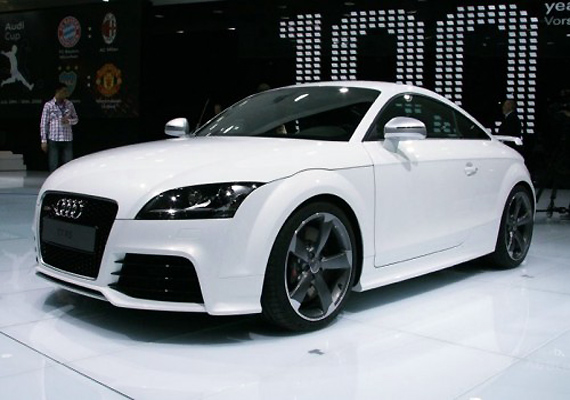 audi launches sports car tt in india at rs 48.36 lakh