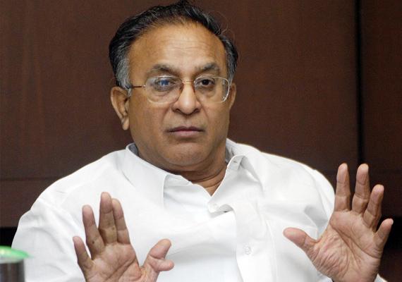 govt not looking at diesel price decontrol says jaipal reddy