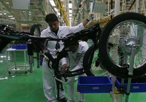hero motocorp workers want up to rs 18k hike in monthly