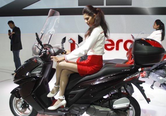 hero motocorp sales decline 8.05 in october