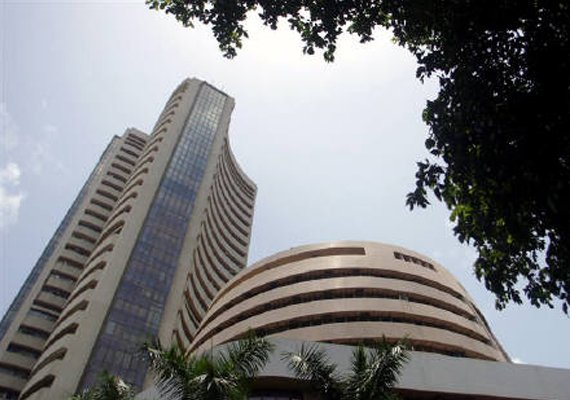 sensex regains 28 000 mark nifty above 8 400 level