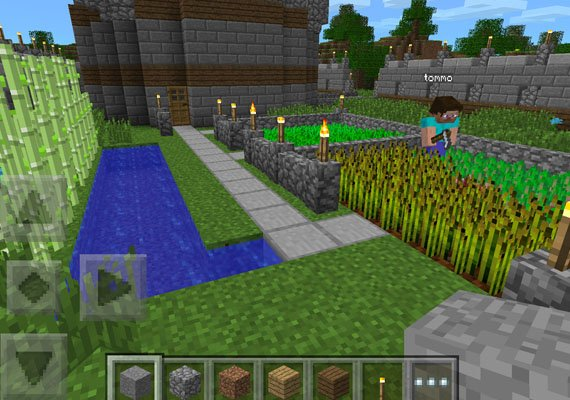 Hit game 'Minecraft' could boost Microsoft Corp's mobile