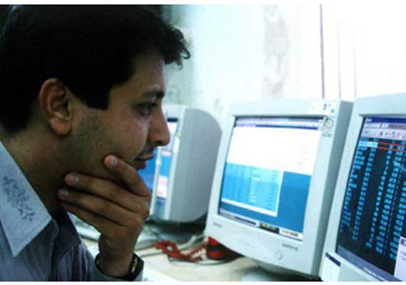 lic sells rs 7700 cr shares in 14 sensex cos ups stake in 10