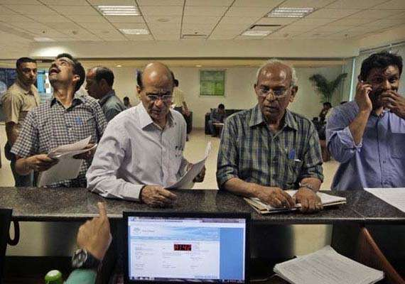 last date for filing income tax returns extended to august 5