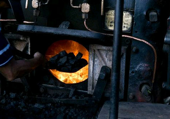 moef may take up hindalco s coal project for clearance next