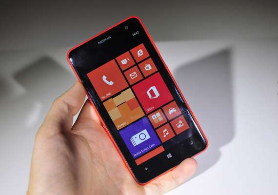 nokia s biggest smartphone lumia 625 on pre order for rs 19