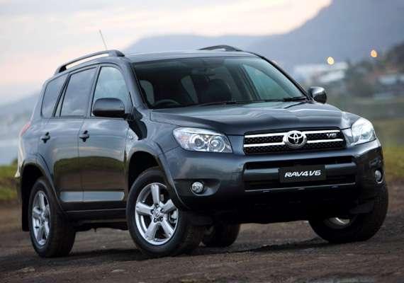 toyota top selling automaker despite china slump