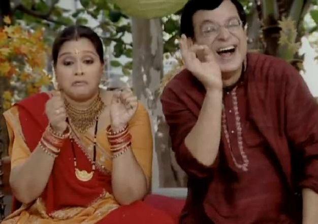 Khichdi serial funny jokes on Hansa and Praful - IndiaTV