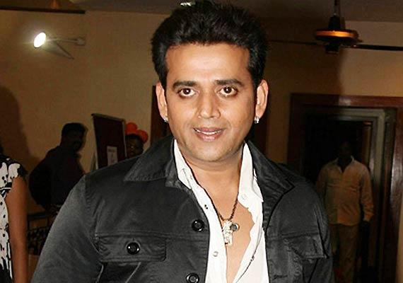 bhojpuri actor ravi kishan s maid jumps to death