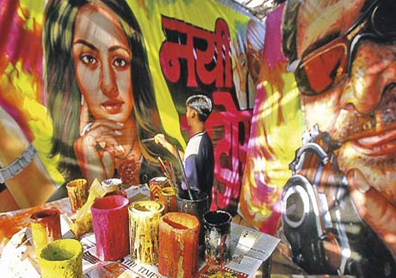 bollywood poster painters face extinction in digital age