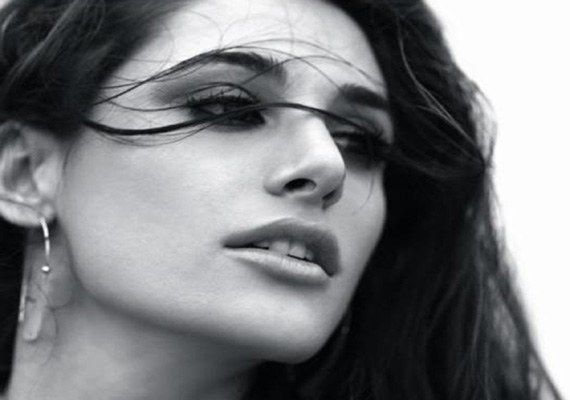 i m single not ready to mingle nargis fakhri