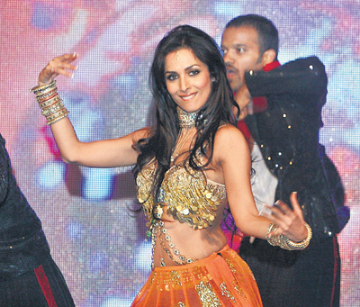 munni offered rs 2.5 crore for new year eve bash