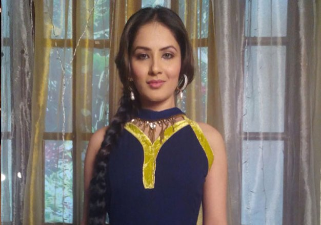 Qubool Hai: Pooja Banerjee to enter the show in witch's