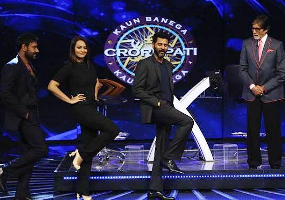 kbc 8 amitabh bachchan shoots with ajay sonakshi for action