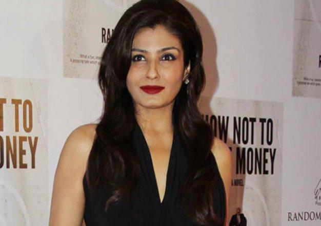 raveena tandon defeats shilpa shetty and madhuri dixit to