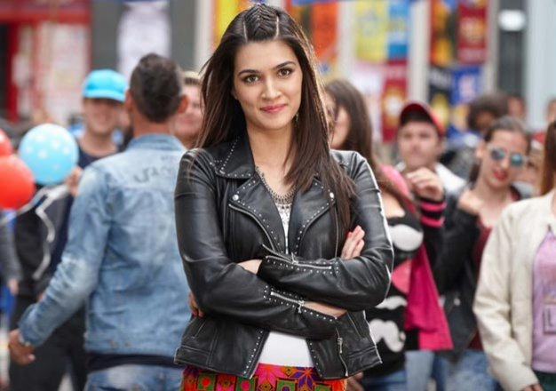 Why Did Kriti Sanon Just Request A Fan To Not Watch Dilwale