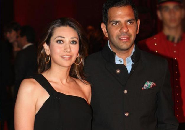 here s how karisma kapoor reacted when quizzed over her