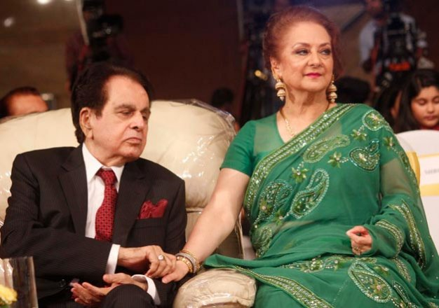 court acquits dilip kumar in 18 year old case