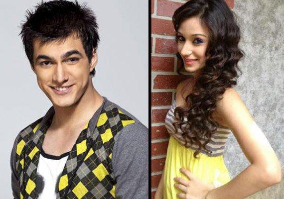 ritesh kirti get engaged on nisha aur uske cousins