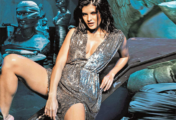 jacqueline exits raaz 3 because of cockroaches