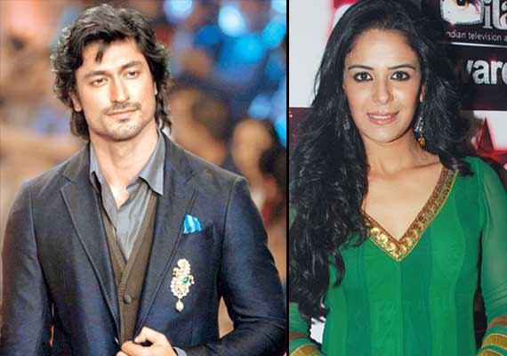 Mona Singh and Vidyut Jamwal end their two-year old relationship | Bollywood News – India TV