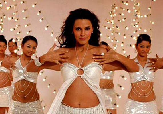 neha dhupia turns item girl in saheb biwi aur gangster 2