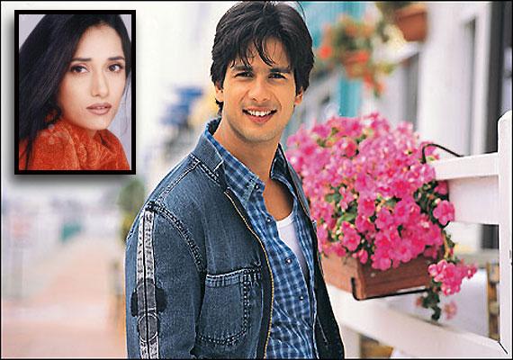 bollywood-ke-kisse-vastavikta-pandit-told-people-that-she-is-shahid-kapoor-wife-reveals-truth