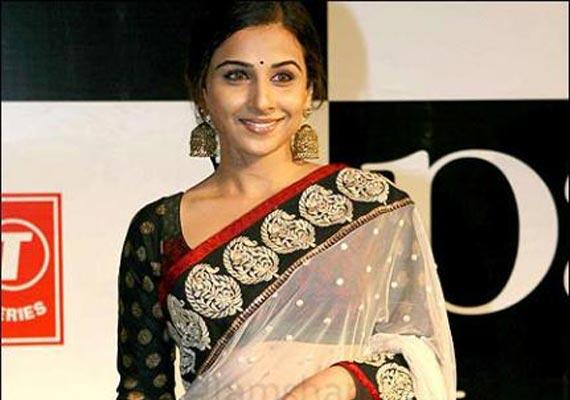 vidya signs rs.5 crore sari endorsement deal