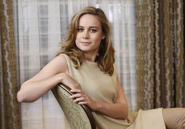 brie larson wins the 2016 oscar for best actress for room