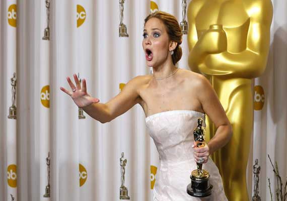 jennifer lawrence felt odd having oscar