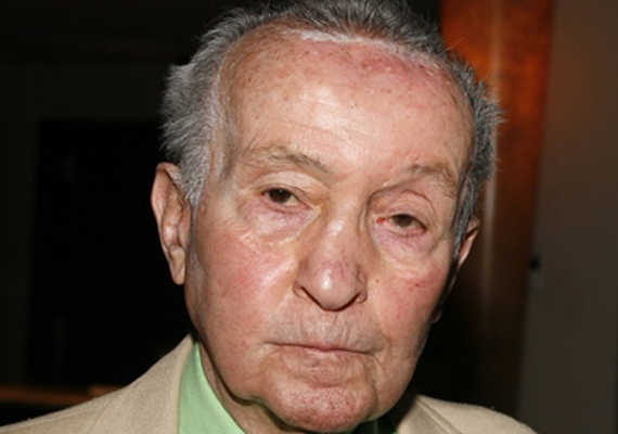 theater producer and director theodore mann dies