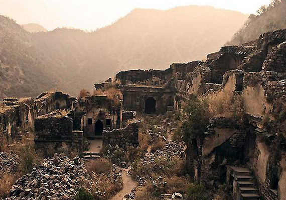 bhangarh fort the most haunted place in india