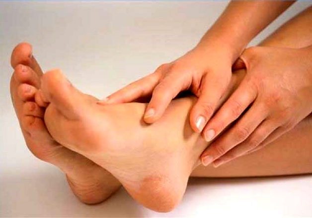 hating your cracked heels try these simple home remedies