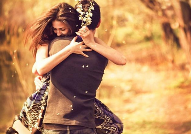 5 signs that show she is ready to be more than just friends