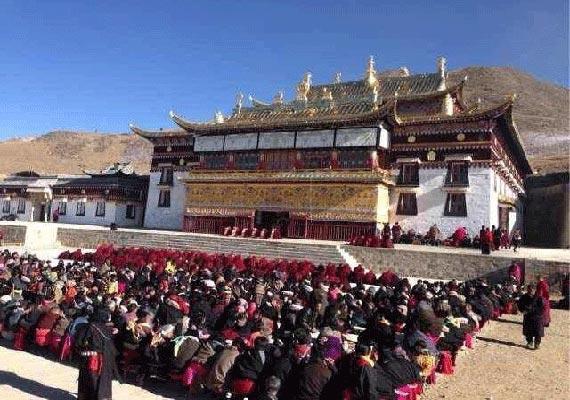 another tibetan monk self immolates in eastern tibet