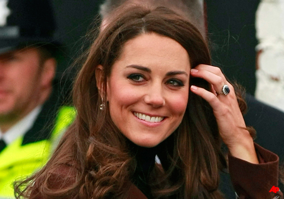 duchess kate in valentine s day visit to liverpool